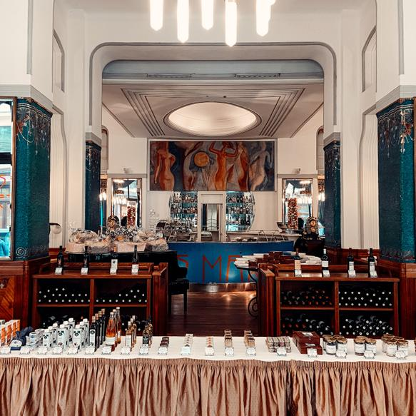 Hotel Paris Prague | Praha 1 | ORDER YOUR FAVORITE FOOD